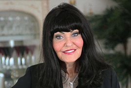Hilary Devey, Dragons' Den Duvalay